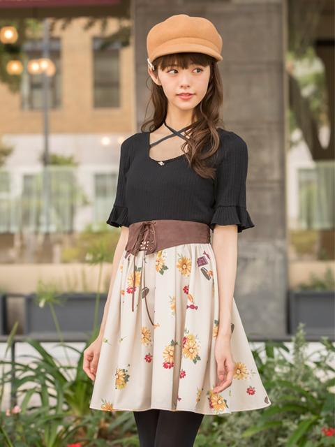 花×お菓子柄スカート
