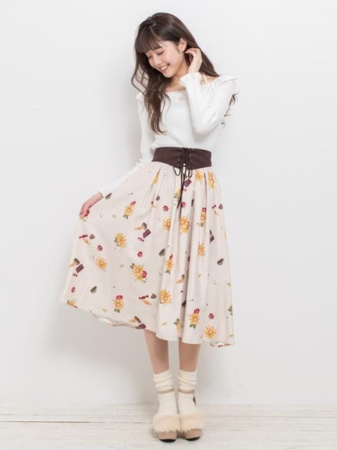 薔薇刺繍長袖ニット